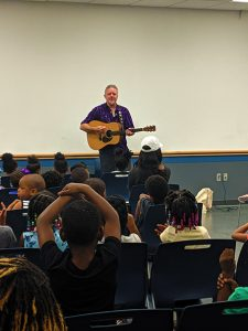 Neighborhood Arts presents free summer performances at Oklahoma City libraries in the summer